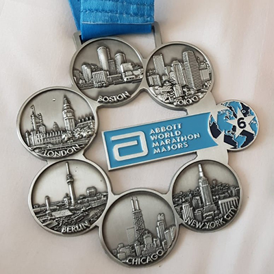 World-Marathon-Majors-medal_WRIGHT_400px.jpg